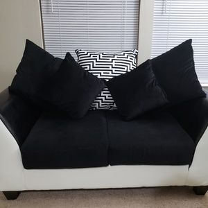 Sofa+ Loveseat with cushions